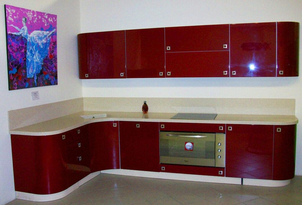 кухни темно бордового цвета фото