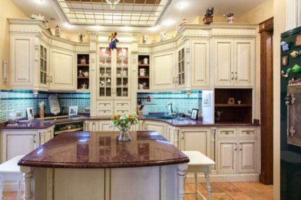 Элементы декора в кухне в английском стиле