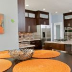 The-color-orange-used-as-kitchen-accent1