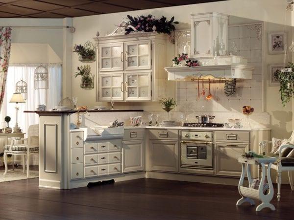 Бежевая кухня в стиле прованс