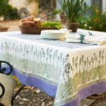 lavender-tablecloth__84563.1328217707.1000.1000