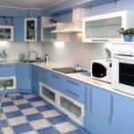 Голубая-кухня-фото
