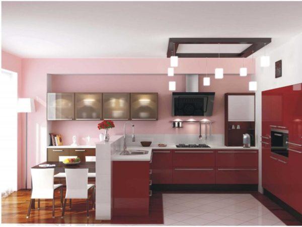 Кухня с розовыми стенами