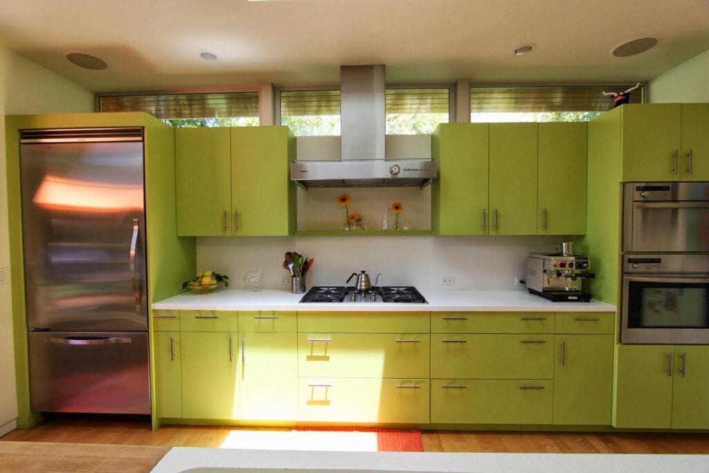 Oak Kitchen Cabinets With Green Walls. Amazing Kitchen Cupboards ...