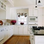 interior_white_kitchen_009449_
