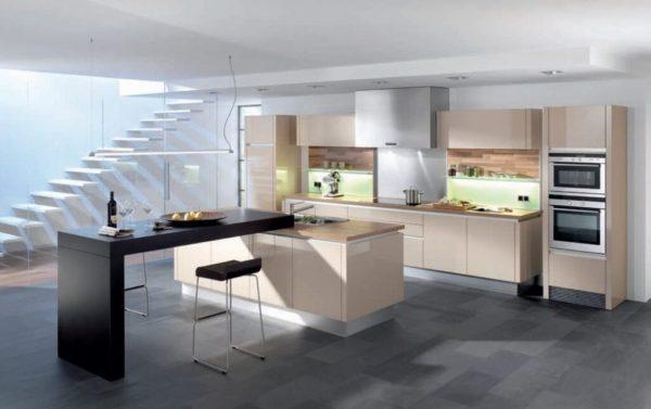 Бежевая кухня в стиле модерн