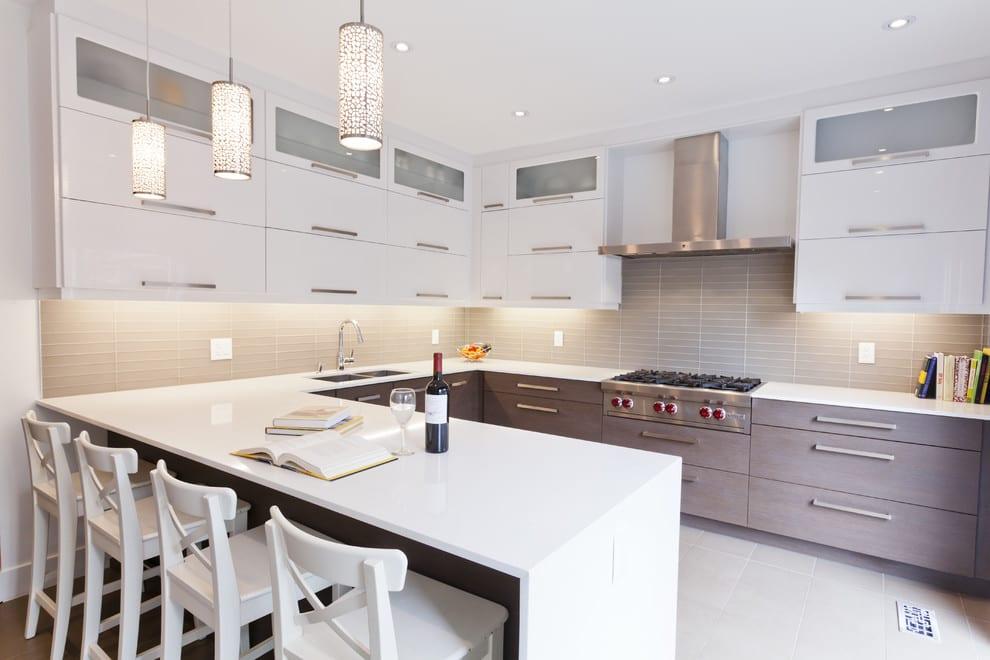 Светлые кухни дизайн фото