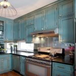turquoise_kitchen_interior_in_eclectic_style-01