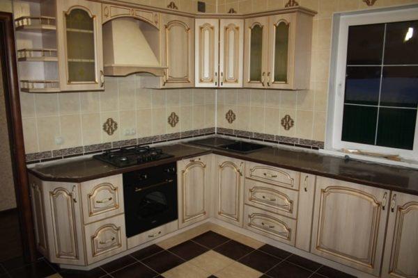 Патинированные кухонные фасады