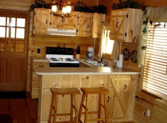 Кухня в домике своими руками