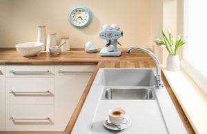 Белая мойка для кухни