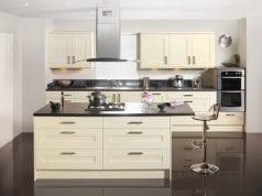 Кремовая кухня – сочетание практичности и красоты