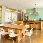 green-kitchen-accent-wall