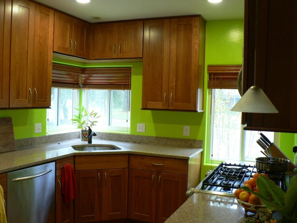 Фото дизайн кухни в коричневом цвете