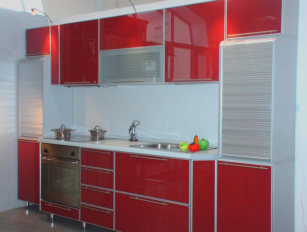 Фасады кухни из стекла