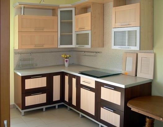 Кухня модерн комбинированные фасады