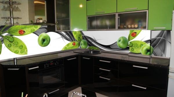 Стеклянный фартук – новая эстетика кухни