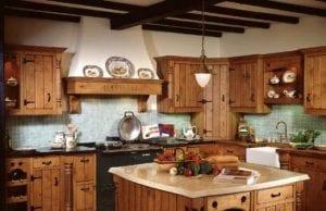 Дизайн кухни в стиле кантри ─ уют и простота