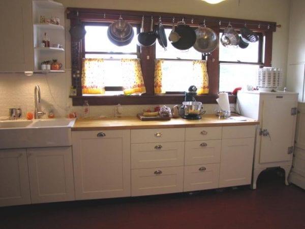 Организация пространства на кухне Икеа в стиле прованс