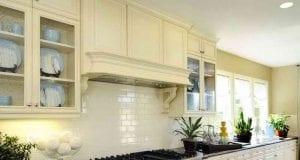 Фартук для кухни в классическом стиле: выбираем наиболее подходящий