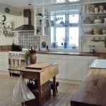 Vintage-Kitchens-and-country-kitchen-island-ideas-for-your-grand-Kitchen-through-beautiful-renovation-concept-25