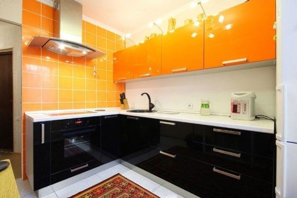 Акриловые фасады кухни