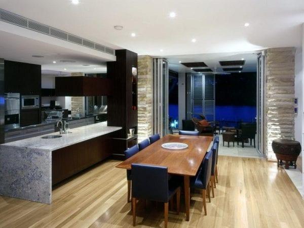 Совмещение кухни и столовой