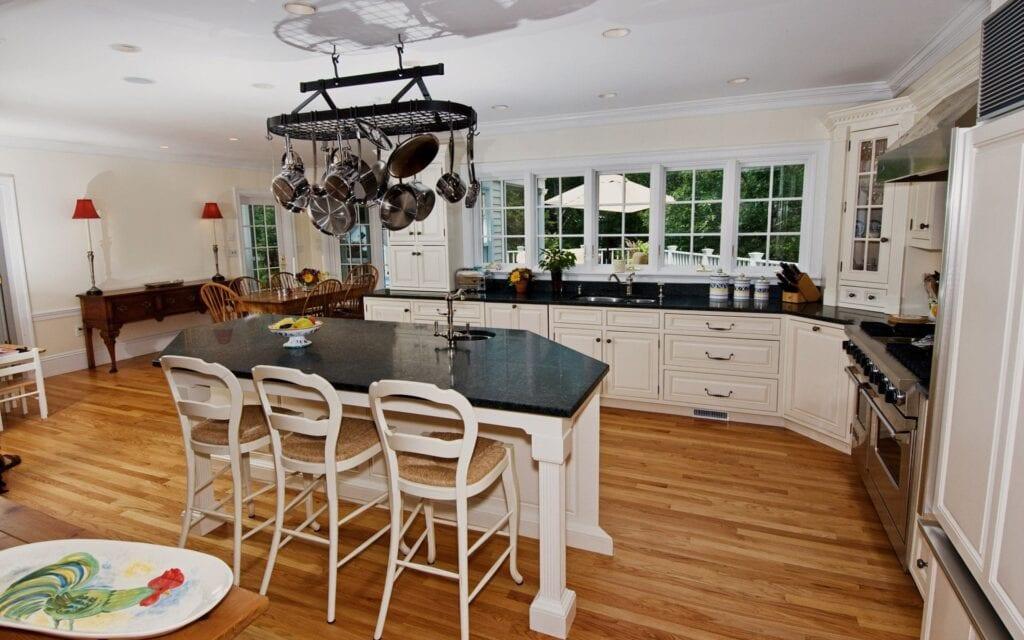 Красивая кухня столовая дизайн