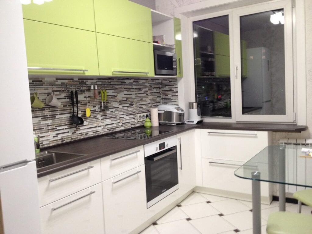 Кухня 8.5 метров дизайн фото