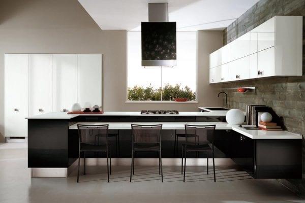 Кухня в современном стиле: черный низ и белый верх