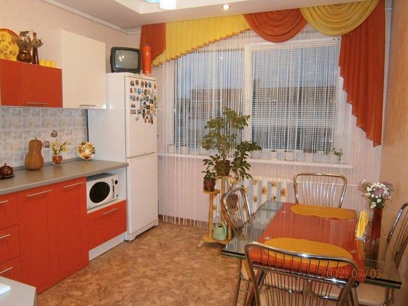 Кухня в оранжевом стиле дизайн 192