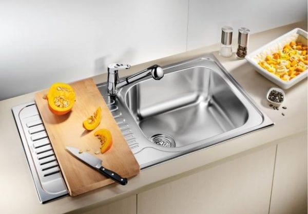 Врезная кухонная мойка из нержавеющей стали