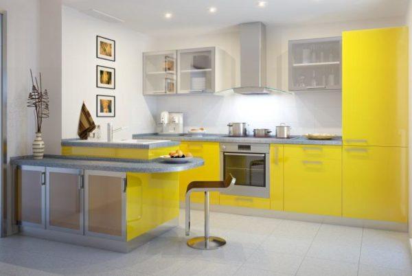 Желтый с серым или серебристым