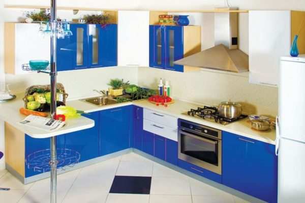 Дизайн синей кухни