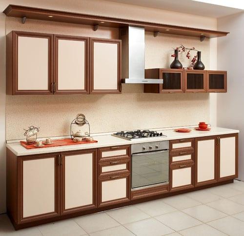 На этой кухне - фасады стандартных размеров