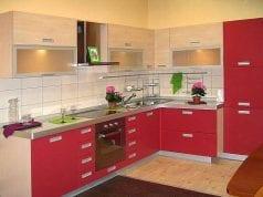 Какие фасады для кухни выбрать: из пластика или МДФ с пленкой?