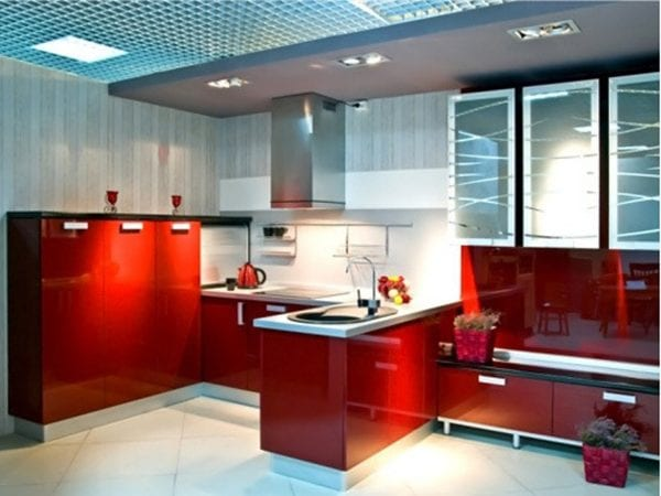 Кухни с глянцевым акриловым фасадом