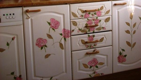 Реставрация старой мебели. Восстанавливаем фасады