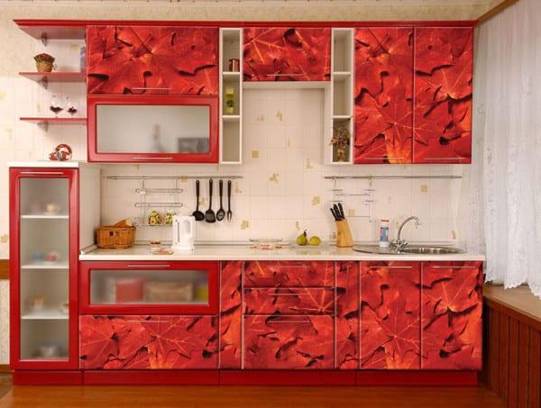 Кухня в стиле модерн с фальш панелями из ПВХ