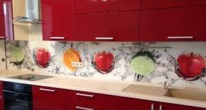 Правильная установка кухонного фартука и розеток