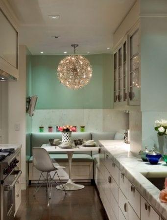Дизайн кухни в 9 кв. метров с параллельным гарнитуром