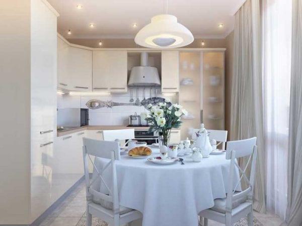 Дизайн кухонного пространства в белых тонах