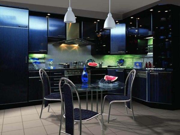 Современная темная кухня