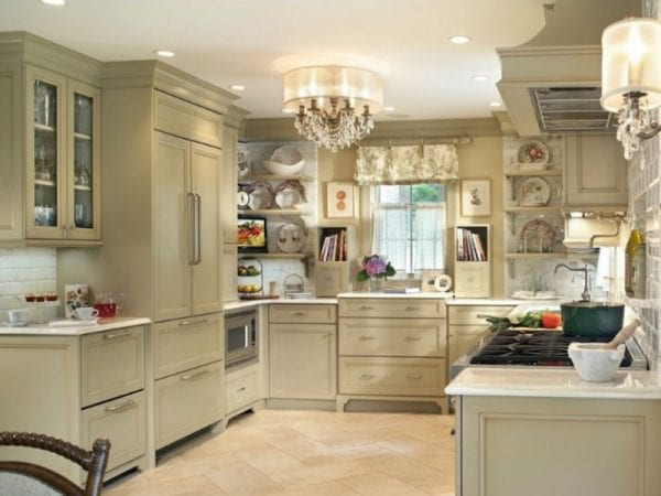 Люстра на кухне