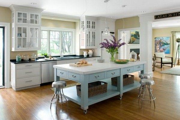 Стол-остров для кухни фото