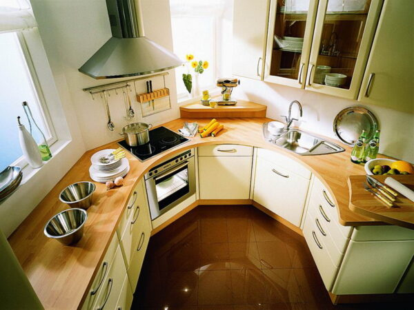 Кухни неправильной формы фото