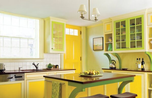 Кухня зеленая с желтым