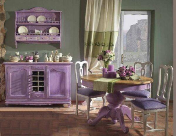 Лавандовый кухонный гарнитур