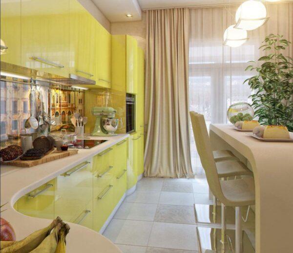 Желто-бежевая кухня