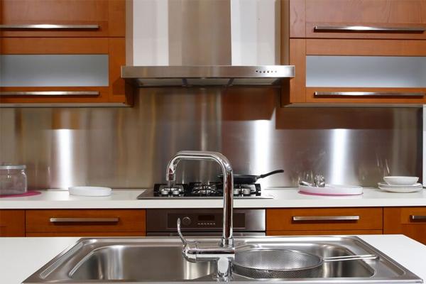 Стальные листы для фактука кухни